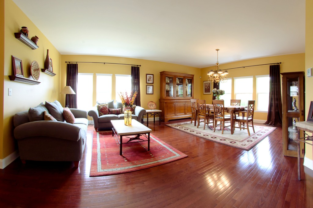 real estate photography :  living room
