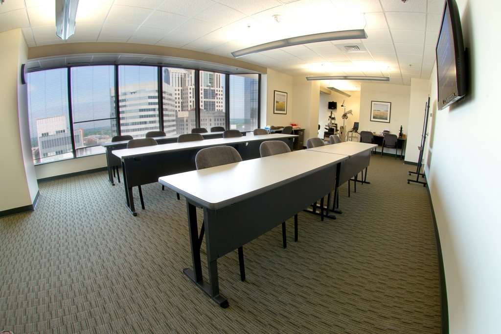 commercial real estate photography : classroom