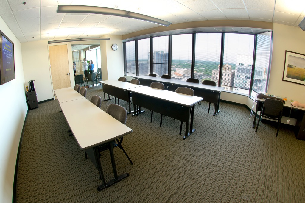 commercial real estate photography : classroom alt view
